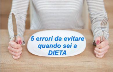 Quando sei a dieta potresti commettere degli errori abbastanza evitabili che compromettono l'efficacia della dieta stessa. Ecco i 5 più comuni.Quando sei a dieta potresti commettere degli errori abbastanza evitabili che compromettono l'efficacia della dieta stessa. Ecco i 5 più comuni.