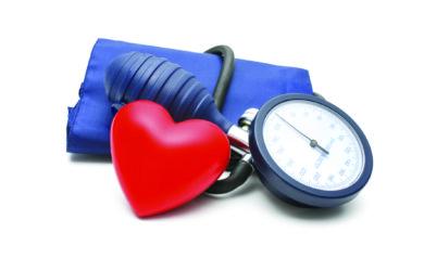 Non solo il sale. Anche i carboidrati incidono sulla pressione arteriosa, ma in che modo? E come intervenire per prevenire l'insorgenza di ipertensione?
